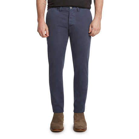 Weekend Chino // Navy (27)