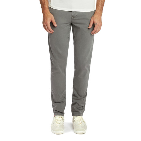 Weekend Chino // Medium Gray (27)