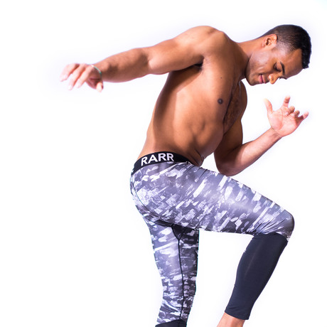 TechSkin Diagonal Print Compression Tights // Shattered Floral (XXS)