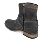 Colton III // Gray Burnished (US: 8)
