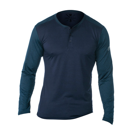Cara Long Sleeve Fitness Tech Henley // Navy (S)