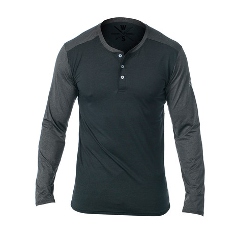 Cara Long Sleeve Fitness Tech Henley // Dark Gray (S)