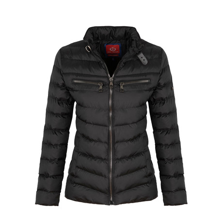Winter Coat + Zip Pockets // Black (S)