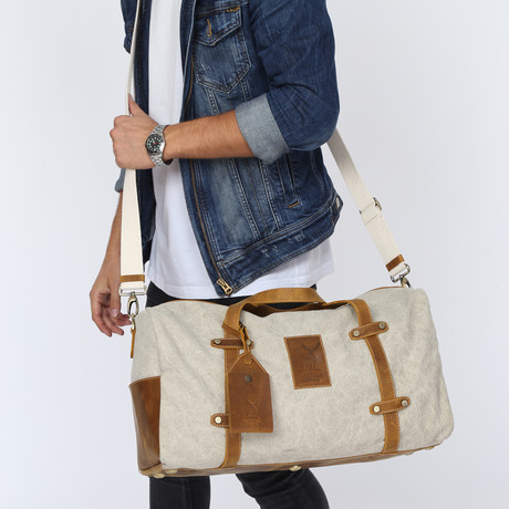 Othello Travel Tote Bag // Beige