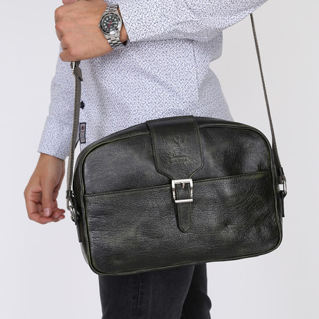 Mojita Messenger Bag // Black-Green