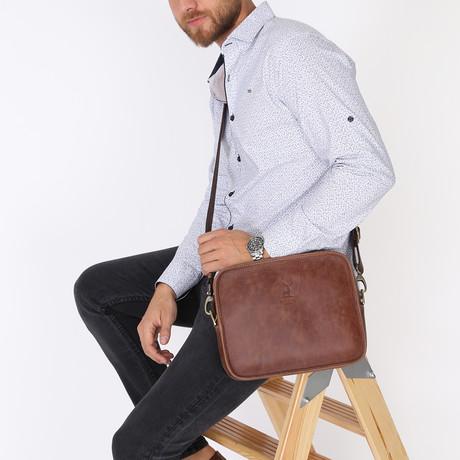 Florya Messenger Bag // Brown