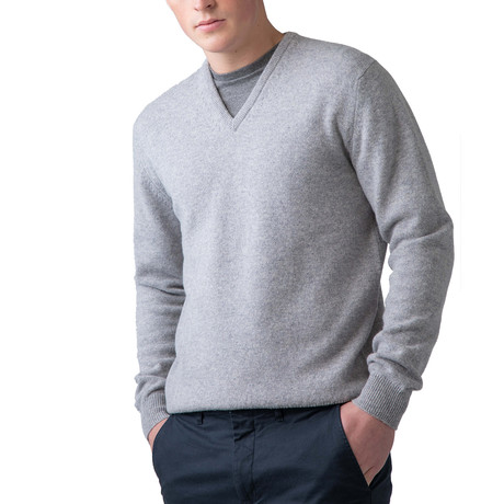 Wool V-Neck Sweater // Silver (XS)