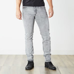 "Tepphar Slim Carrot Jeans // Medium Gray // 32"" Inseam (26WX32L)"