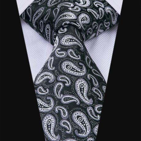 Esmay Paisley Tie // Black