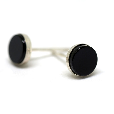 Onyx 6mm Pair of Earrings // Polished