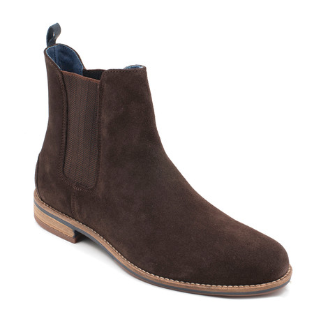 Chelsey // Brown Suede (US: 7)