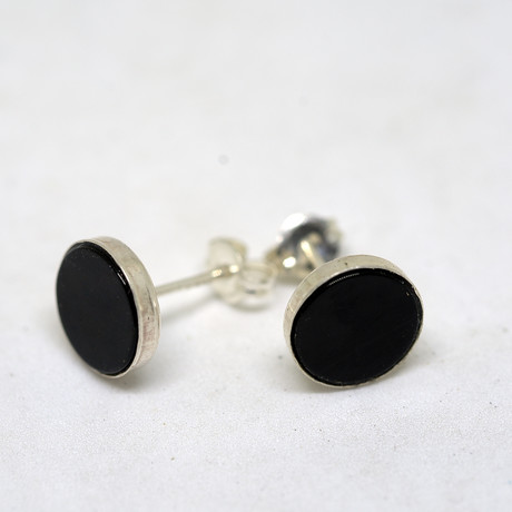 Onyx 8mm Pair of Earrings // Polished