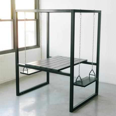 2-Seater // Black/Blackened Cedar