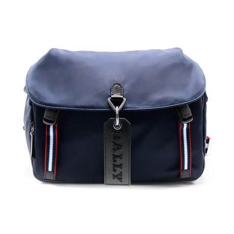 Men's Catch Messenger Bag + Stripe Detail // Ink Blue