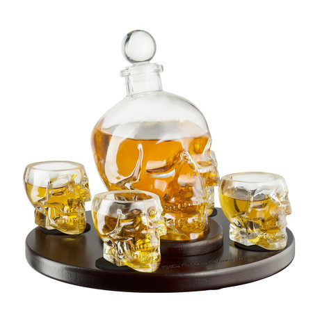 Skull Decanter Wooden Tray // 4 Glasses