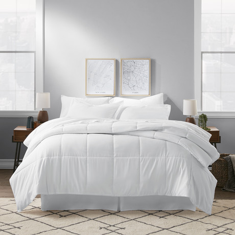 Premium 8 Piece Bed In A Bag // Bright White (Twin)