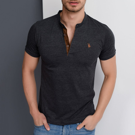 Christopher Collarless Polo // Anthracite (Small)