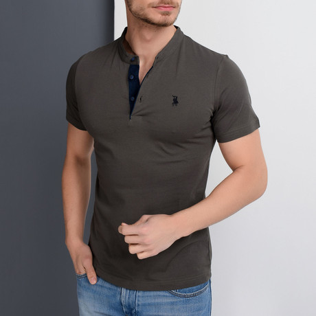Jase Polo // Khaki (Small)