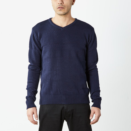 Textured V-Neck Sweater // Navy (S)