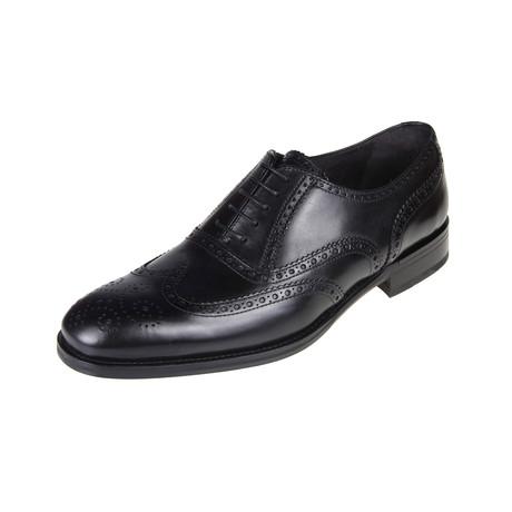 Las Vegas Brogue Shoe // Black (Euro: 40)