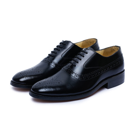 Medallion Toe Goodyear Welted // Black-2 (US: 9)