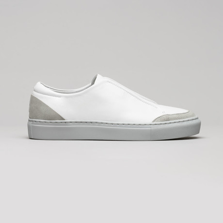 Slip On V7 // White Leather + Plaster (Euro: 40)