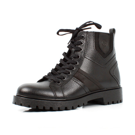 Boots // Black (Euro: 39)