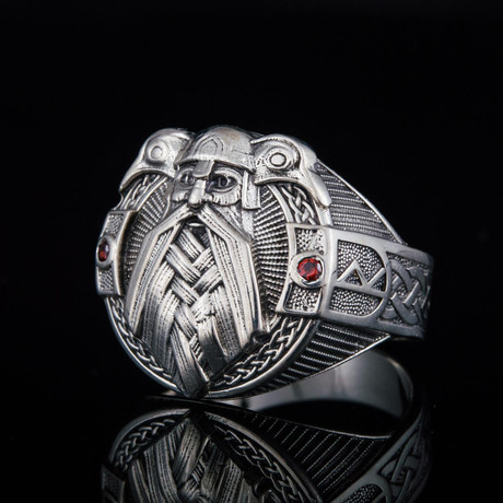 Viking Collection // Odin Red Gems Ring (5)