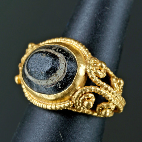 Beautiful Late Roman Gold Ring w/ Banded Agate
