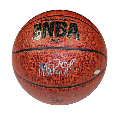 Magic Johnson // Los Angeles Lakers // Autographed Basketball