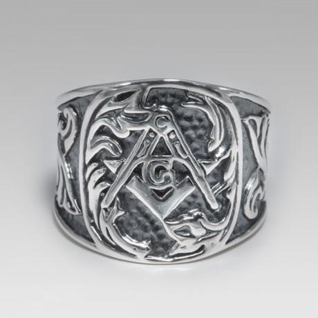 Masonic // Sterling Silver (Size 8)