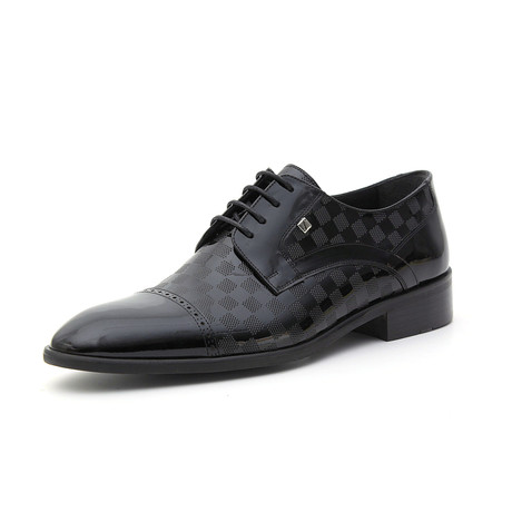 Daniel Checkered Classic Shoe // Black (Euro: 37)