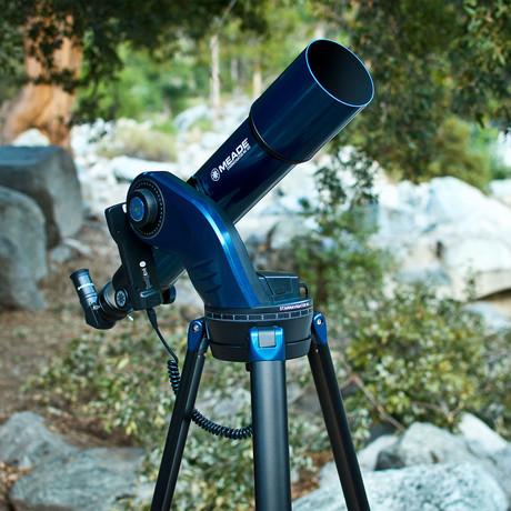 StarNavigator 102 Refractor Computerized Telescope + Smart Phone Adapter Bundle