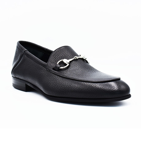 Alexander Leather loafers // Black (Euro: 39)