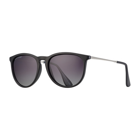 Kelsea Polarized Sunglasses // Black