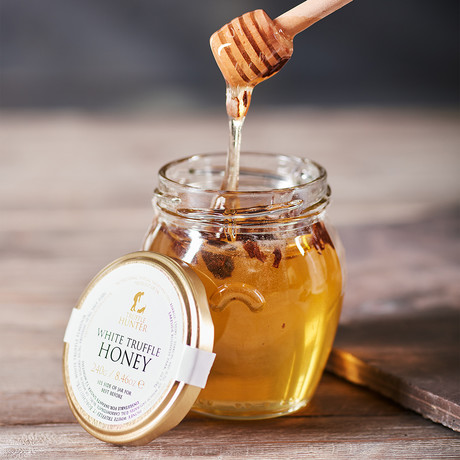 White Truffle Honey with Dipper // 240g