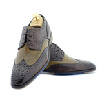 Eamon Brogue // Brown/Tan (Euro: 46)