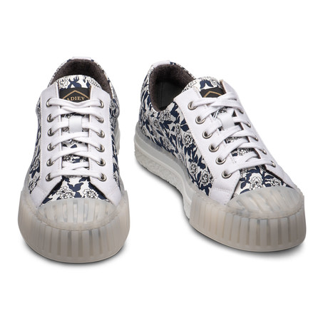 Ace Sneakers // White + Navy (Euro: 39)