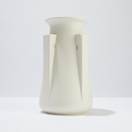 Teco 4 Buttress Vase (Green)