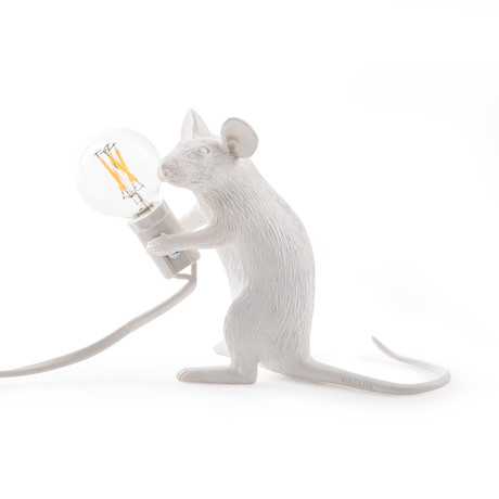 Mouse Lamp // Sitting