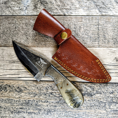 Sanmai Wide Skinner + Ram Horn Handle