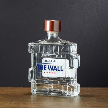 The Wall Tequila // 750ml