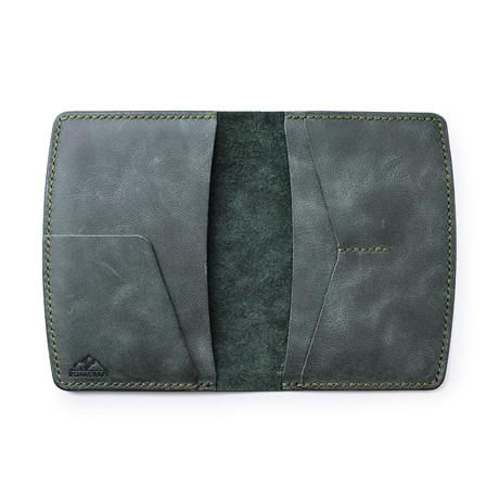 Nemrut Leather Passport Wallet // Emerald