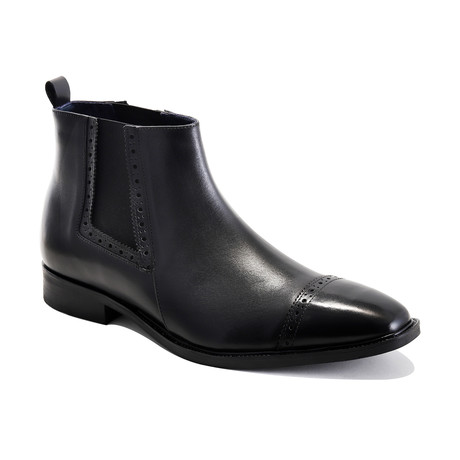Ethan Boots // Black (Euro: 39)