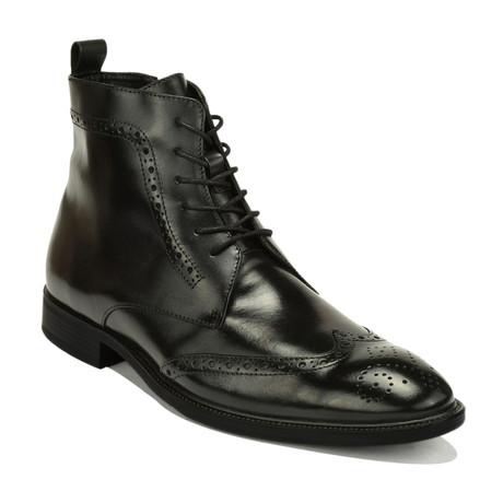 Smith Boots // Black (Euro: 39)