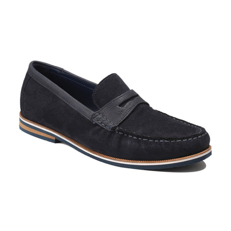 Duval Suede Boat Shoes // Navy (Euro: 39)