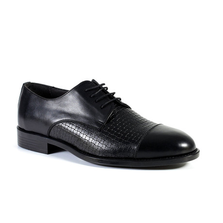 Howie Dress Shoe // Black (Euro: 40)