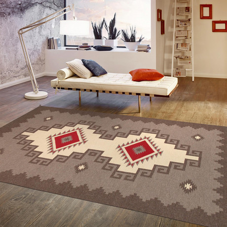 Navajo Style Hand-Woven Lamb's Wool Area Rug // V2