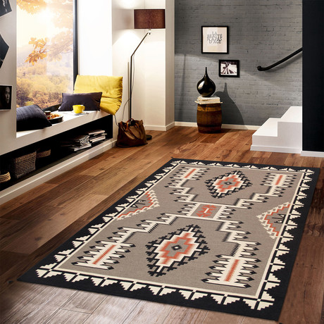 Navajo Style Hand-Woven Wool Area Rug // V4
