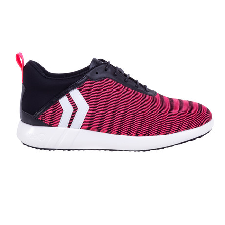 Women's Wave // Pink (US: 7)